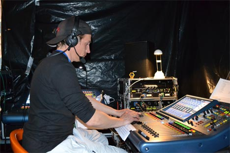 Well experienced sound engineer, Piotr Skotnicki, controlroom